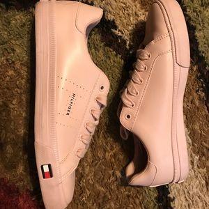 Tommy Hilfiger blush pink tennis shoes